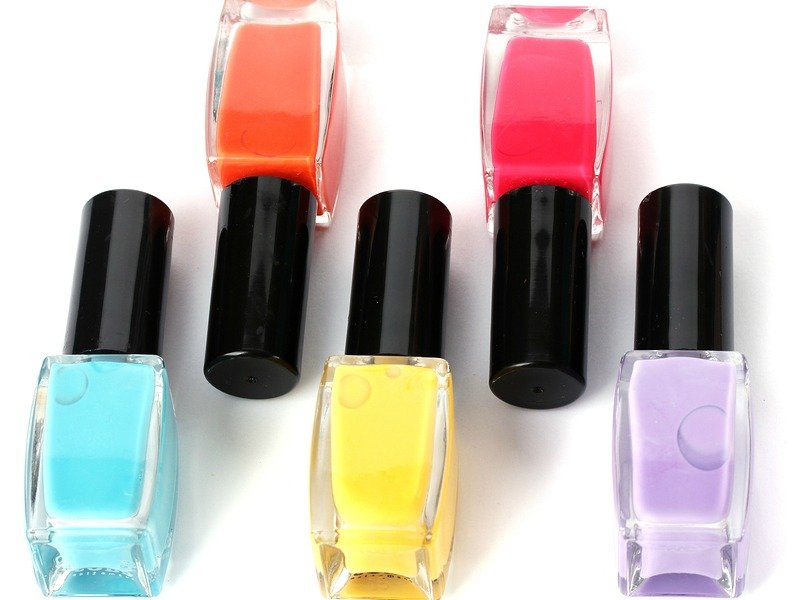7 helpful tips to prevent nail polish from chipping