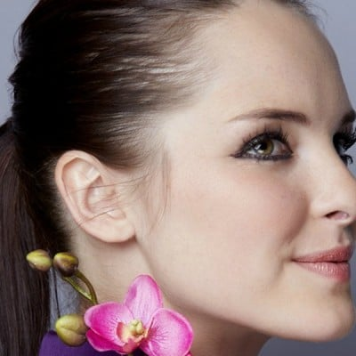 10 tutorials to teach you how to make your mom ponytail more stylish