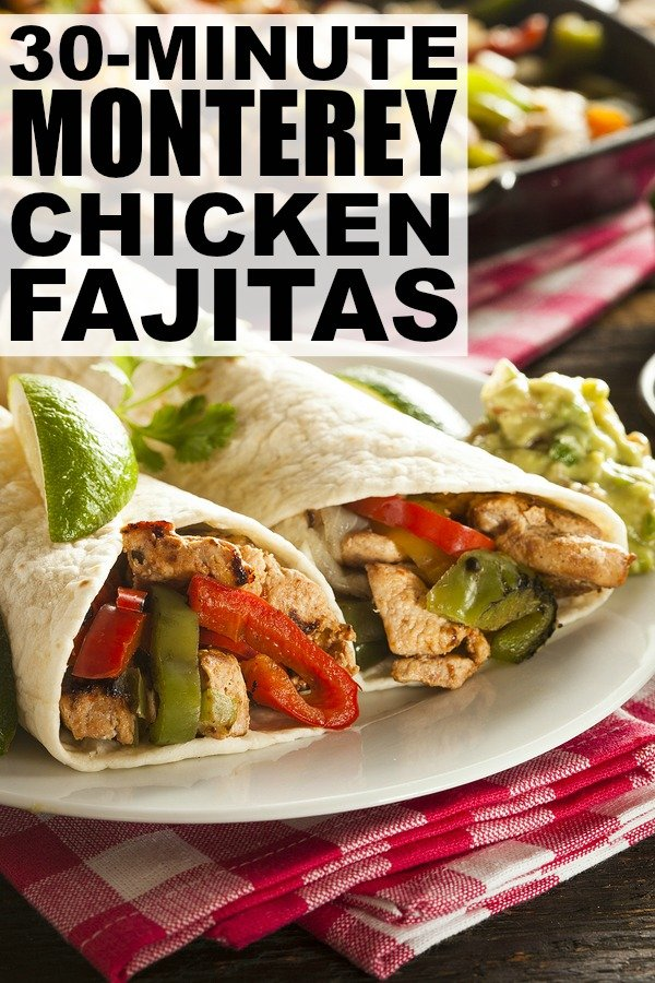 If you're looking for an easy dinner recipe the whole family will love, give this Monterey chicken fajita recipe a try. It only takes 10 minutes to prepare and 20 minutes to cook, which makes it the perfect 30 minute meal! #CookWithCampbell #ad
