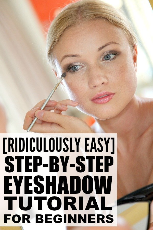 This step by step eyeshadow tutorial is perfect for beginners who want to learn how to apply eyeshadow like a pro. It features a natural look that is perfect for everyday, but the techniques will work for a more dramatic, smokey look if that's your preference. These easy tips work for blue, green, and brown eyes, and for all shapes - even hooded eyes!