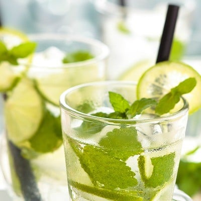 10 deliciously refreshing mojito recipes