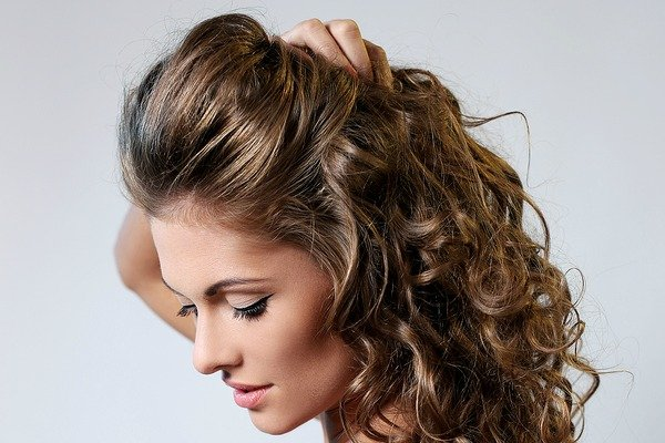 Up Styles For Long Hair: 10 Gorgeous Half Up Half Down Hairstyles For Long Hair