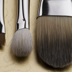 10 easy and cheap tips to teach you how to clean makeup brushes