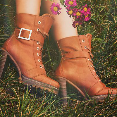 How to wear skirts with boots (5 combos that work!)