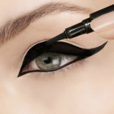 How to Get the Perfect Cat Eye in 5 Easy Steps