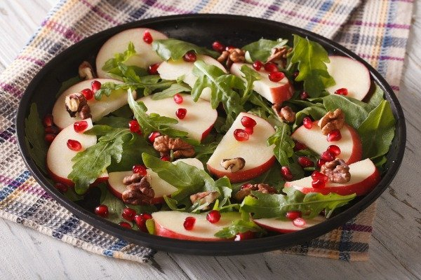 Pomegranates are an amazing superfood that are filled with health benefits. They are fabulous sources of vitamins A, C, and E, have antioxidant and antiviral properties, and some suggest they even help keep wrinkles at bay! From smoothies and sangria, to salads and side dishes, to cookies and fudge, check out 25 of our favorite pomegranate recipes!