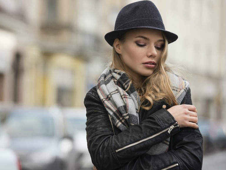 Cold weather accessories are a must-have to stay warm while surviving the cold, harsh winter, and if you pick them correctly, they can also add a pop of style to your seasonable ensemble. Look your best with these fabulous winter fashion accessories that will keep you cozy and fashionable all season long!