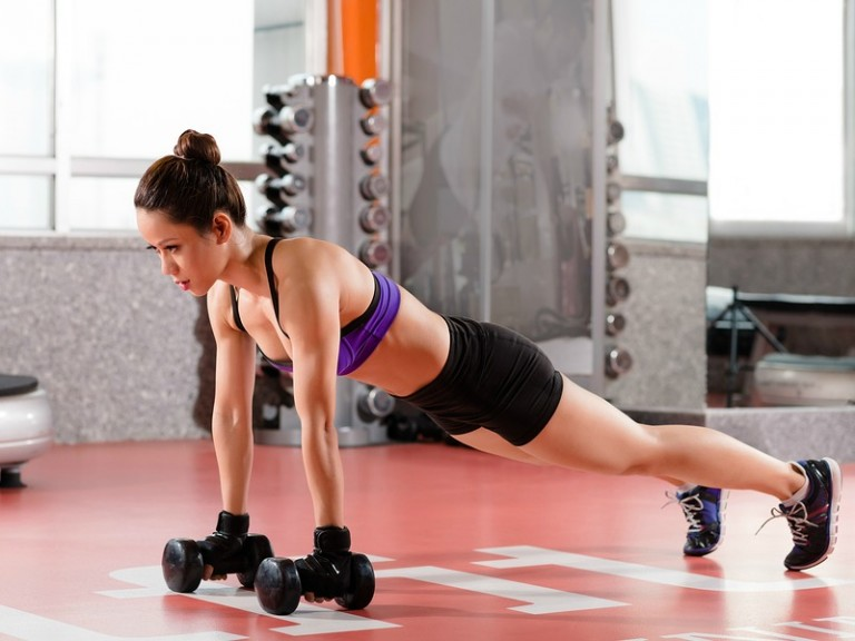 Whether you're trying to shed your winter weight gain, strengthen and tone your body for an upcoming event, (high school reunion??!), or just want to up your game so you look and feel your best, this collection of exercises to lose weight FAST will teach you how to increase your heart rate, sculpt your muscles, and rev your metabolism for maximum results!