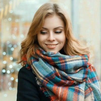 How to Wear a Blanket Scarf: 12 Looks We Love