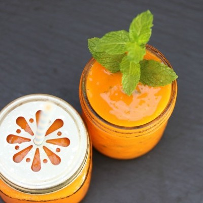 Simple and Delicious Carrot Smoothie