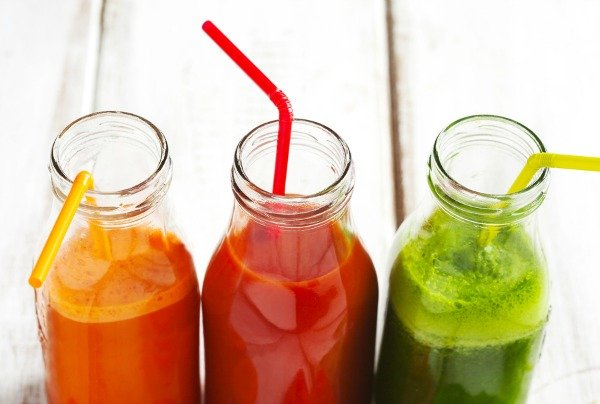 Whether you've jumped on the bandwagon or not, chances are you've heard of all the health benefits associated with juicing. It's great for weight loss, for detox, for health, for skin...for pretty much everything. But you don't have to go hardcore like Joe Cross. By replacing one snack or meal a day with one of these delicious juicing recipes to lose weight, you'll reap the benefits of your favorite fruits and vegetables and enjoy a healthier, happier, slimmer you!