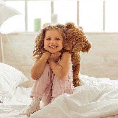 How To Handle Bedtime Battles and Summertime Stalling