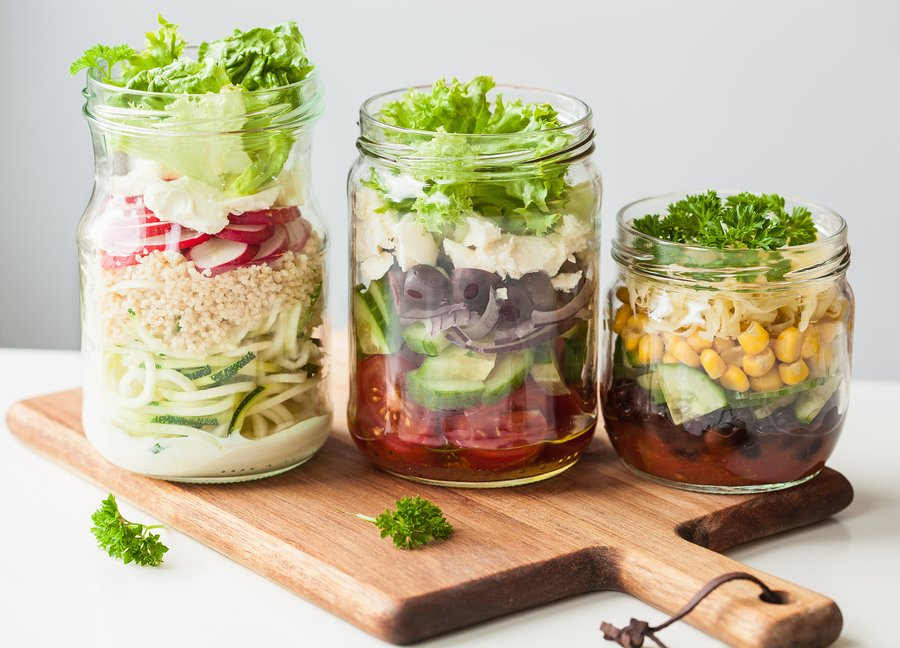 Need quick and healthy lunch ideas to bring to work, to school, or on a road trip? Let me introduce you to lunch in a jar! These compact packable lunch ideas will allow you to make your favorite, full-sized recipes into pint-sized lunches your friends and co-workers will droll over. From a killer taco salad and a delicious DIY instant noodle cup, to sushi in a jar and the most amazing gluten-free macaroni and cheese, meal prep has never been tastier!