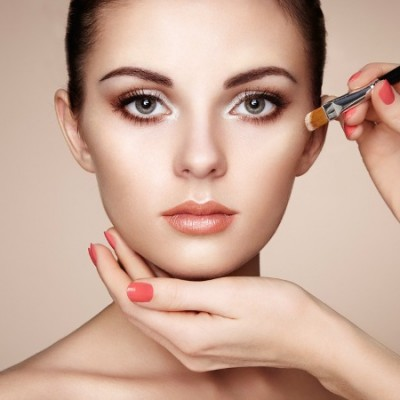 Beauty Uncomplicated: 6 Makeup Must Haves for Fall