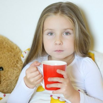 Natural cold and flu remedies: 35+ tips to keep your family healthy
