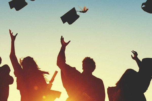 Looking for the perfect unique graduation gifts for your special someone? We've rounded up 19 unique gift ideas to help do just that. Whether you're looking for graduation gifts for high school, college, or university graduations, for girls, for guys, for your son or daughter, or even for your best friend or boyfriend, this gift guide will help you say 'congratulations!' and 'I love you!' all at the same time. We've even included a few DIY ideas to add a personal touch.
