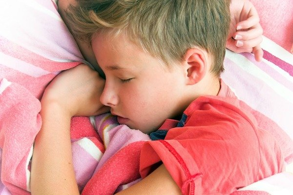 How to Get a Child with Autism to Sleep | Autism and sleep is a hot topic in the special needs community. From abnormalities in melatonin levels, anxiety, ADHD, and sensory issues, finding ways to get a child with ASD to sleep through the night can feel impossible, but these sleep tips will help. From essential oils to weighted blankets to other ideas and products, check out 9 sleep strategies to make falling asleep – and staying asleep – easier for kids with autism.