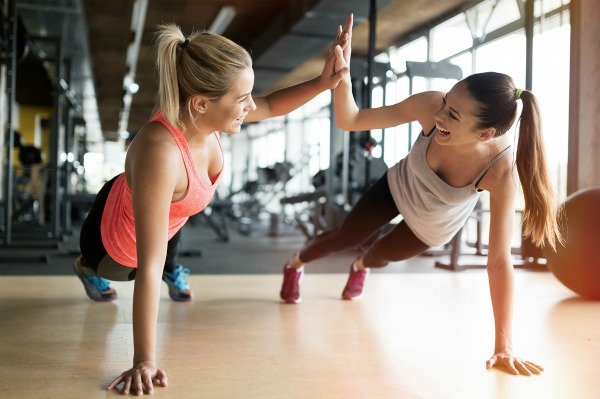 How to Stick with Your Fitness Resolutions | If you're looking for weight loss tips to teach you how to stick to a diet or exercise plan so you can lose weight, get in shape, and tighten and tone your body, we're sharing 6 healthy tips you can start TODAY to get on track – and stay on track – with your weight loss goals.