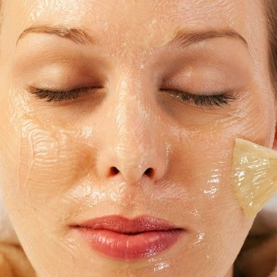 The Best Way to Remove Blackheads: 8 At Home Blackhead Removal Ideas!