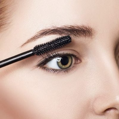 How to Get Longer Eyelashes: 7 Tips & The Best Mascara for Short Lashes