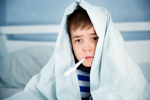 10 Home Remedies for Fever in Kids | Whether your baby, toddler, and/or school-aged children have a fever, you want FAST relief! Whether it's caused by flu, sore throat, strep throat, or ear infection, these simple tips and natural treatments for fever promote comfort and boost a child's immune system for happy healthy kids (and moms). Learn what a fever is, how it works, when to use medicine, and more! #fever #feverremedies #infection #naturalremedies #homeremedies #coldandflu