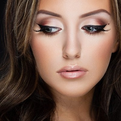 Cut Crease Eyeshadow: 12 Hacks and Tutorials for Beginners