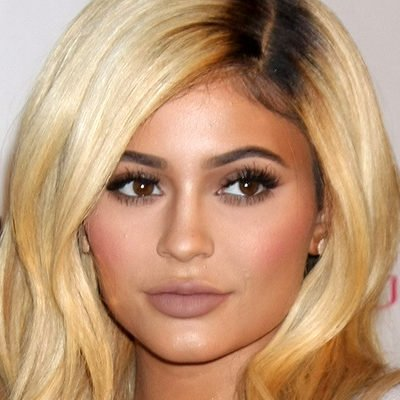 14 Kylie Jenner Makeup Tutorials & Secrets Every Girl Needs to Know
