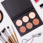 Makeup Kit for Beginners | A breakdown of the 17 essential budget friendly drugstore beauty products every girl should have in their make up bag!!! From the basics (foundation, blush, eyeliner, mascara, and lip gloss) to the essential add-ons that help give you a professional look (primer, brush sets, bronzer, highlighter, and our fave eyebrow set) we'll teach you everything you need to know – and where to get it for less! #makeupessentials #makeuptips #makeuphowto #beautytips #makeuphacks