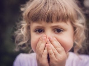 How to Help a Child with Selective Mutism: 11 Tips for Parents