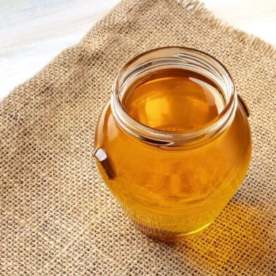 17 Manuka Honey Benefits and Uses You'll Wish You Knew Sooner