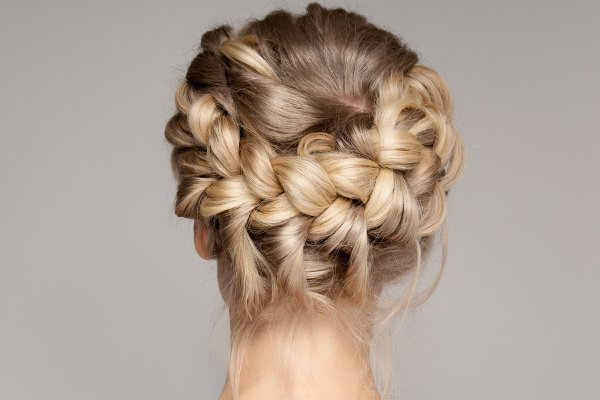 41 Braided Hairstyles for All Hair Lengths | If you're looking for easy hairstyle tutorials for short, medium, or for long hair, we've curated 41 step-by-step hair videos for all hair lengths. Perfect for work or for school, for a wedding or gala, or for casual get-togethers with friends, we've included simple half up half down options, formal updos, and elegant boho styles you'll love! #braidedhairstyles