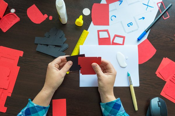 Easy Art Projects Using Construction Paper