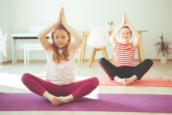 10 Calming Strategies for Kids | If you're looking for tips to help improve your child's self-regulation at home, we're sharing 10 simple ideas that help. If your little one struggles with impulse control and big emotions, and finds it hard to calm down when triggered, these tools help prevent emotional outbursts and teach kids how to exercise appropriate self-control. Inspired by the Zones of Regulation and Social Thinking curriculums, these behavior management strategies for kids work!