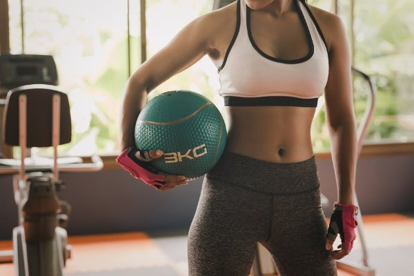 7 Full Body Medicine Ball Workouts | Working out with a medicine ball is a great core workout for those who want a flat stomach, but it can also work other muscle groups, including your abs, arms, glutes, and legs. If you're looking for beginner medicine ball workouts for men and for women, you can stream these fat burning videos at home! They include a mix of strength training, cardio, and HIIT, helping you burn calories while also tightening and toning your muscles!