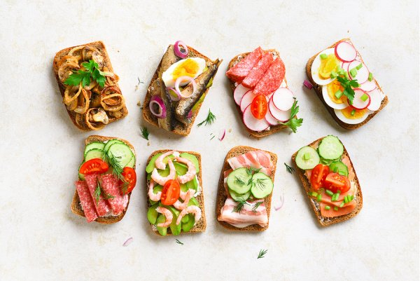 40 Sandwiches Under 300 Calories | From make ahead breakfast sandwiches, to the best cold and hot sandwiches, to vegetarian sandwiches that satisfy, we've curated the best sandwich recipes for weight loss! Each recipe is 300 calories or less, with tons of make ahead recipes you can meal prep for work or school. There are so many ideas here, including upgrades of your faves, like philly cheesesteak, egg salad, tuna, grilled cheese, meatball, and traditional club sandwiches!
