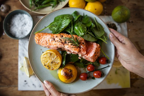 44 Baked Salmon Recipes for Weight Loss | Salmon offers so many health benefits. It's rich in omega-3 fatty acids and vitamin B, high in protein, and it's a great anti-inflammatory food. If you're looking for a collection of the best healthy salmon recipes to add to your weekly meal plan, we've curated tons of ideas to inspire you. From simple lemon honey garlic, to brown sugar teriyaki, to dill, to pesto and more, you can cook these recipes in the oven, in foil packs, or on the barbeque!
