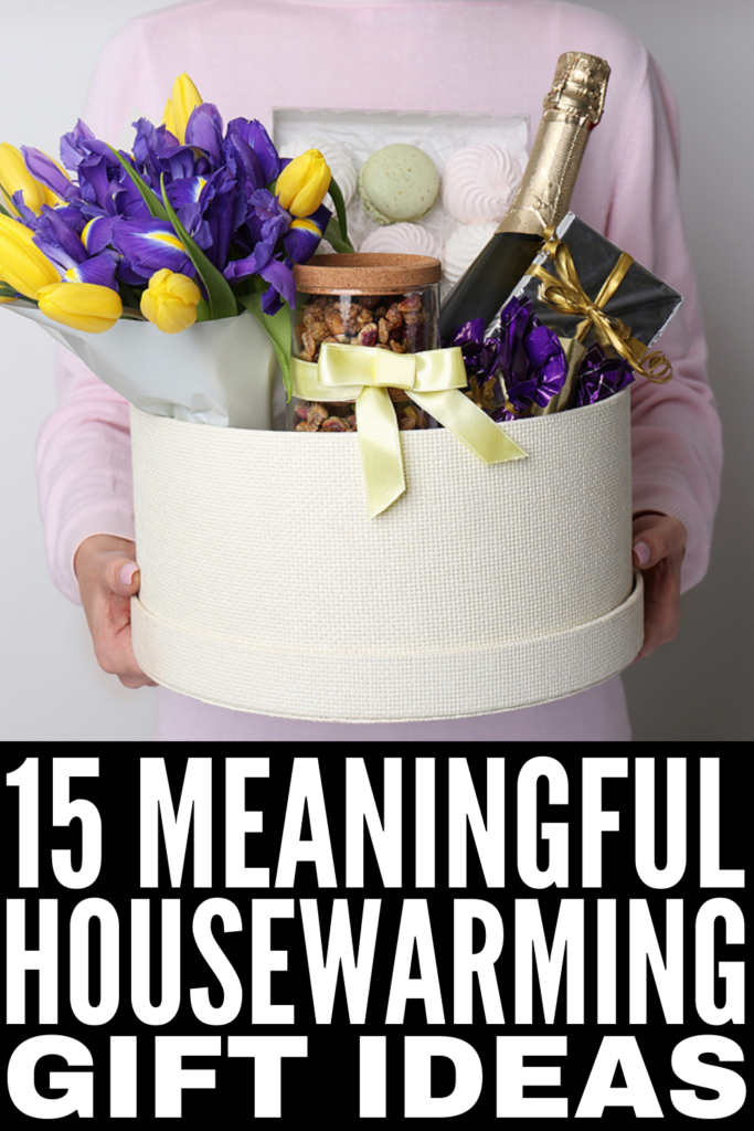 15 Housewarming Gift Ideas | Whether a close friend just rented her first apartment, a relative just bought their first home, or you've been invited to a housewarming party for a couple who just moved in together, this post has the best housewarming gift ideas for singles, couples, and families. These gifts go above and beyond traditional baskets and while some are practical, others make for unique, thoughtful, and meaningful keepsakes.