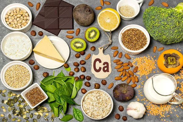 26 Calcium Rich Foods For Bone Health | Whether you're looking for calcium rich foods for women or for men who follow a vegan diet, for toddlers who are picky eaters, and/or for kids who follow a dairy free diet due to foods sensitivities or allergies, this post is for you! We're sharing some background information on hypocalcemia / calcium deficiency, including signs, symptoms, causes, risk factors, and the role of vitamin D, plus a list of foods that are delicious and high in calcium!