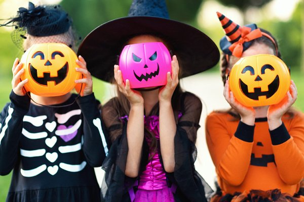42 Halloween Party Ideas for Kids | Whether you're organizing a classroom Halloween party, throwing a themed outdoor backyard bash for the neighborhood kids, organizing a garage party for teens, or hosting a simple party for the family, this post has tons of fun and easy DIY ideas to make it a celebration to remember. From decorations, to food, to games and activities, we've curated the best simple and budget-friendly tips and we're sharing virtual Halloween party ideas to boot!