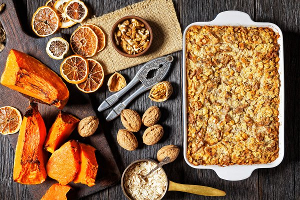 40 Healthy Pumpkin Spice Recipes | If you want to know how to make your own DIY pumpkin spice and/or want some new and exciting recipes to try that go above and beyond your beloved pumpkin spice latte, this post is for you! From coffee and hot chocolate, to smoothies and pancakes, to oatmeal cups and pumpkin bread, to cookies, cakes, cupcakes, muffins, pies, and more there are so many ways you can enjoy pumpkin spice. These recipes are simple and delicious!