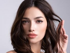 9 Flattering Haircuts and Hairstyles for Diamond Shaped Faces   If you're looking for diamond shaped face hairstyles for women, this post is for you! Whether you have short, medium, or long hair, this post has everything you need to know. Should you get a pixie cut? A bob? A lob? Will bangs look good? Should you part your hair on the side or in the middle? Which updos will look best? We're sharing all of this along with step by step hair tutorials to help accentuate your best features!