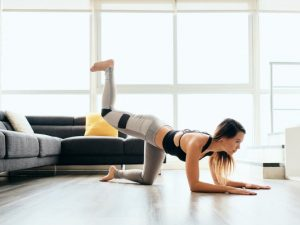 5 Workouts for a Bigger Butt | If you want to know how to get a bigger butt and sculpted thighs, we're sharing 5 at home workouts for women that will transform the shape of your booty as well as lift, tighten, and tone your glutes. If you want to sport sexy curves, add these Brazilian buttlift inspired workouts to your exercise regime stat! You can do these workouts at the gym or at home so there are no excuses! #biggerbutt #buttworkouts #brazilianbutt #gluteexercises #gluteworkouts