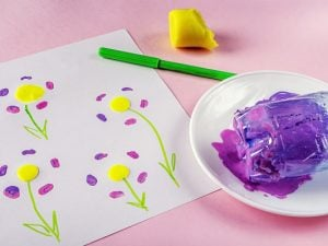 20 Puffy Paint Crafts for Kids | If you're looking for easy art projects for kids, this post is full of ideas! We've included DIY recipes to teach you how to make puffy paint at home, and tons of crafts and activities for all ages and stages - even for teens! While we used puffy paint to decorate shirts when we were kids, there are so many other fun activities you can try. From sidewalk chalk, to framed canvases, to fabric bags, to window clings and more, these ideas are so fun!
